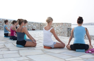 yoga-retreat-paros-greece-web_377