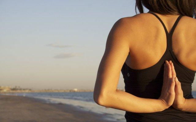 220589__summer-sea-beach-sand-surf-morning-girl-pose-yoga_p