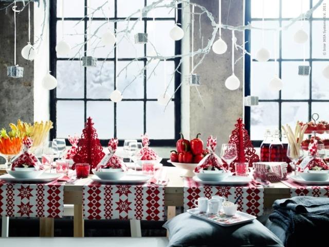 idées-déco-table-Noël-blanc-rouge-inspiration-Ikea