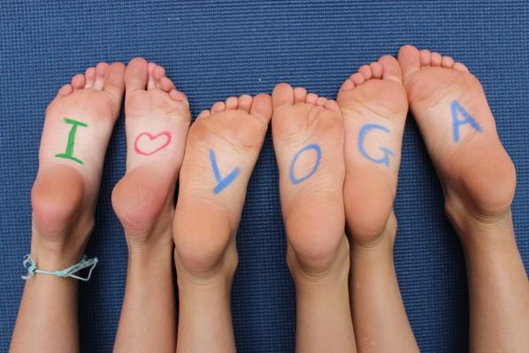 corrected-feet-on-blue-mat1-e1358913415132